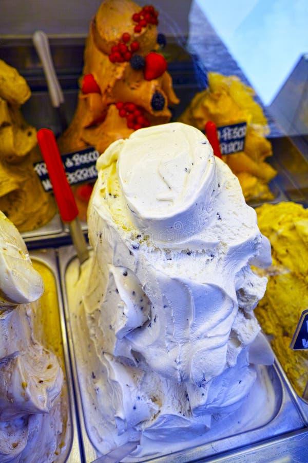 Detail der köstlichen Eiscreme in einem Shop stock abbildung