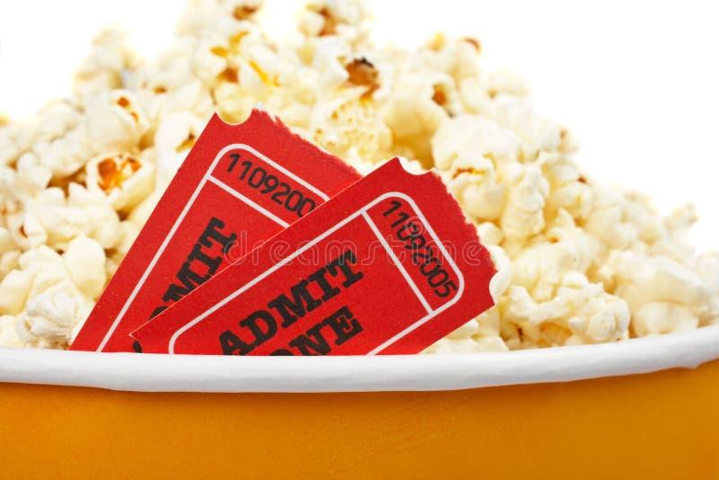 Detail der Karten und des Popcorns stockfotografie