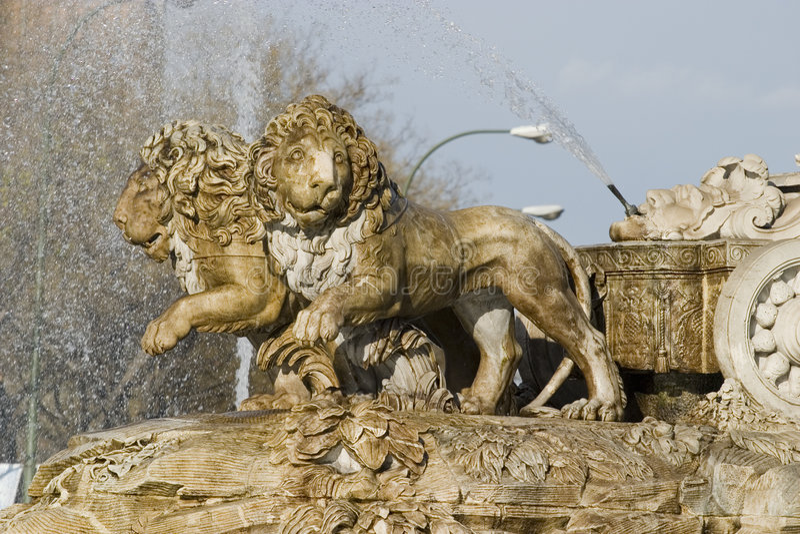 Detail der Löwen von Cibeles, Madrid, Spanien lizenzfreie stockfotos