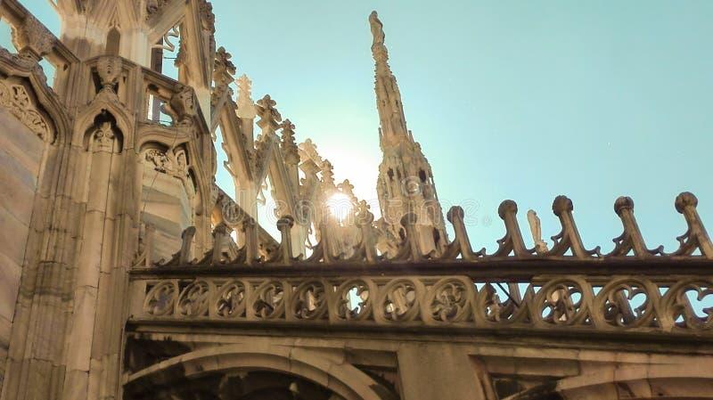 Detail der spiers Milan Cathedrals von der Spitze lizenzfreie stockfotografie