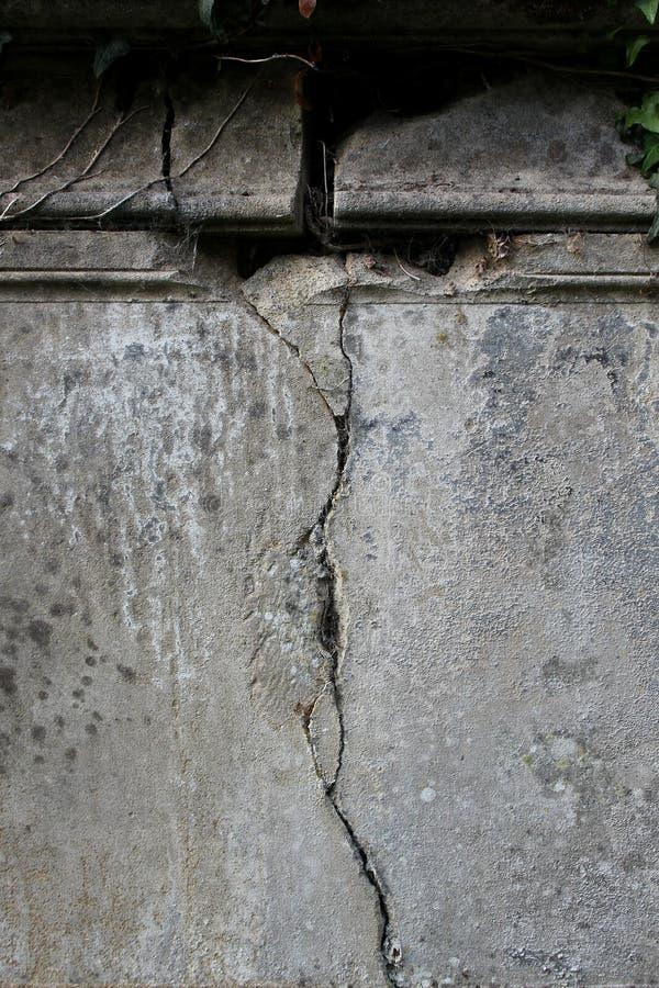 Detail des alten Grabsteins stockbilder