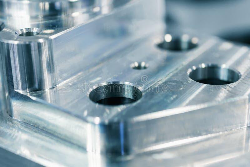 Detail des Aluminiums bearbeitete Teile, glänzende Oberfläche maschinell stockbild