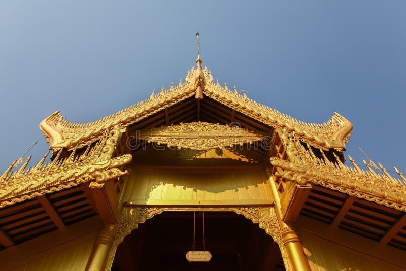 Detail des Dachs, das Mandalay Royal Palace, Mya Nan San Kyaw stockfoto