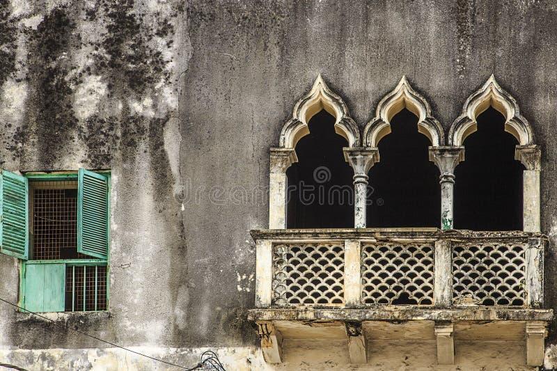 Detail des Fensters u. der Portale - Sansibar stockfotografie
