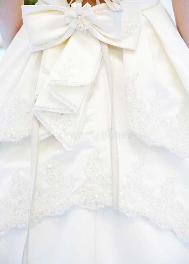 Detail des Hochzeitskleides lizenzfreie stockfotografie