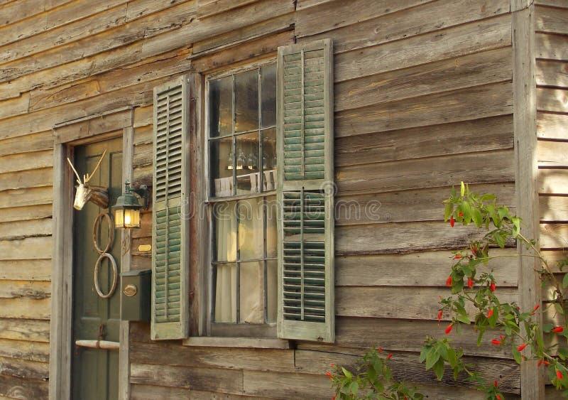 Detail des Kolonialhauses in Florida lizenzfreies stockfoto