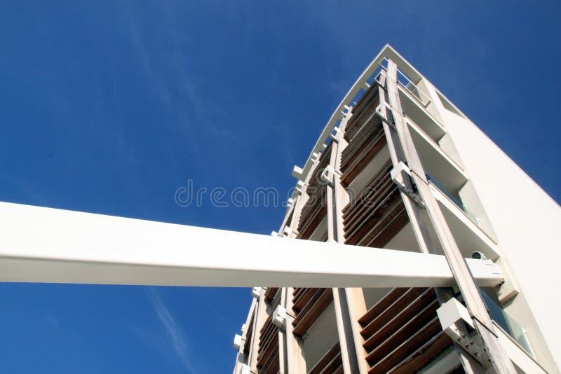 Detail eines modernen Gebäudes stockbild
