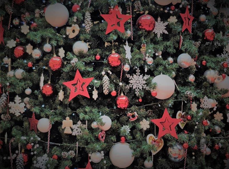 Detail eines Weihnachtsbaums stockfotos