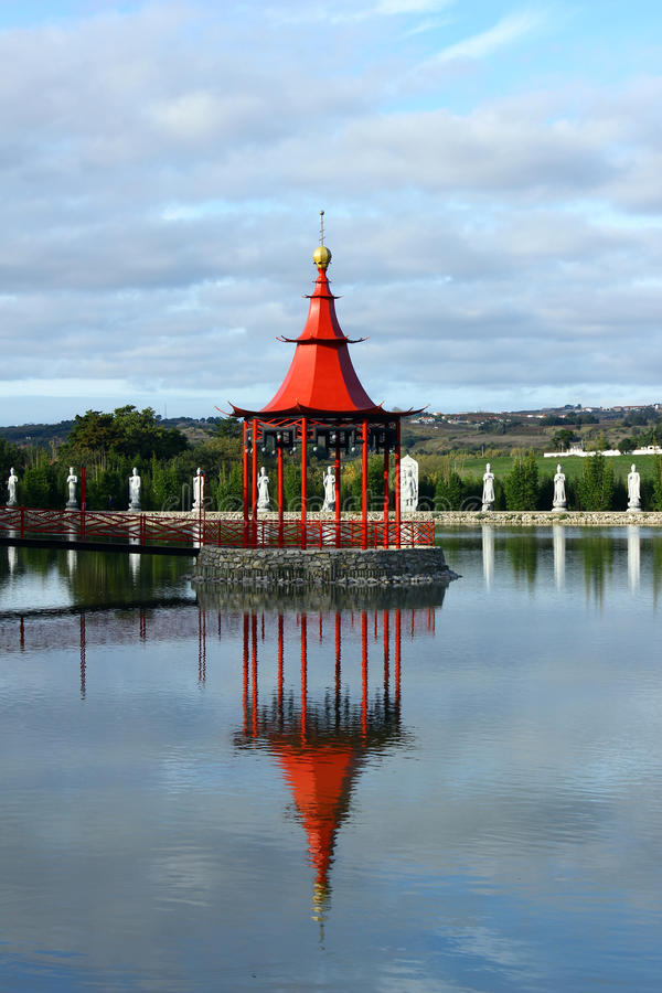 Download Detail Of A Little Temple And A Lake Stock Photography - Image: 27865052