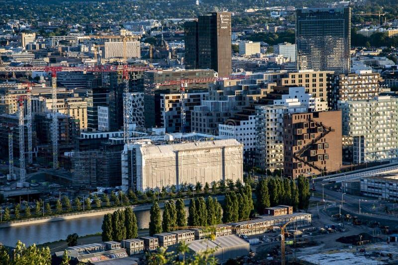 Detail rijke moderne Skandinavische en Europese stedelijke cityscape stock afbeeldingen