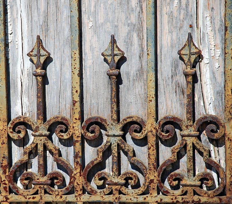detail rostigt wrought för staketjärn fotografering för bildbyråer