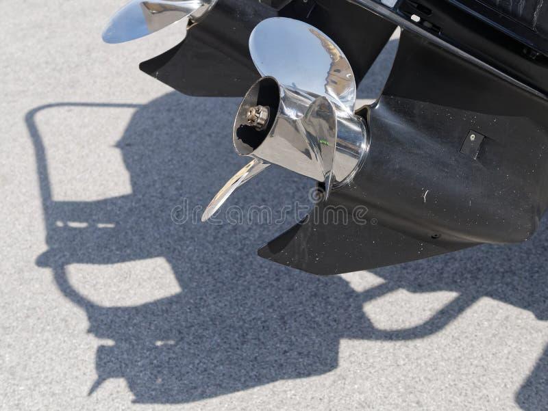 detail van buitenboordmotor stock fotografie
