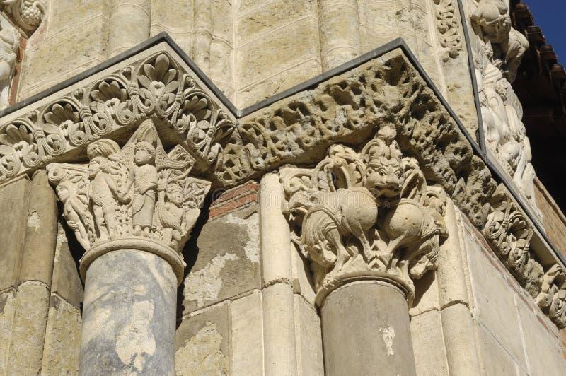Detail van de deur van Heilige Sernin, Toulouse, royalty-vrije stock foto