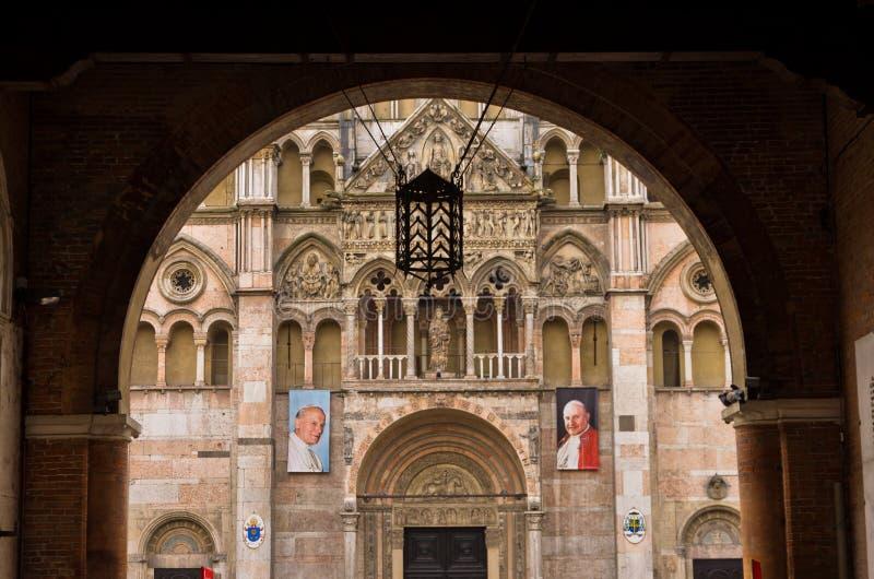 Detail van de kathedraal van heilige George in Ferrara, Italië stock foto's