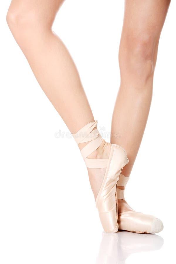 Detail van de voeten van de balletdanser royalty-vrije stock foto's