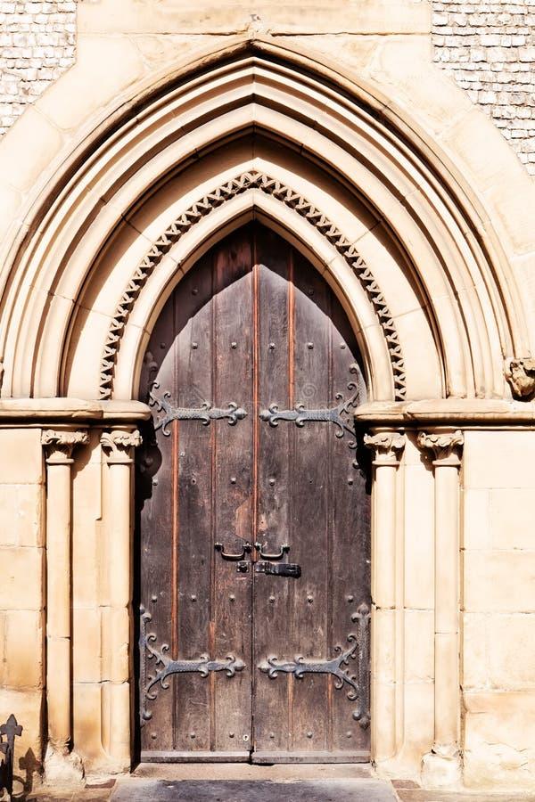 Detail van de voorgevel van Southwark-Kathedraal in Londen royalty-vrije stock afbeelding