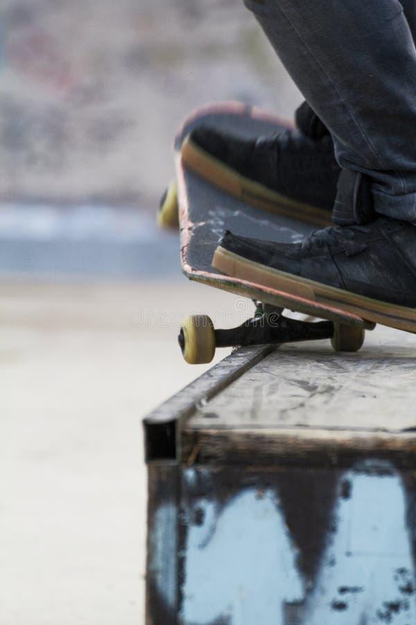 Detail van een malen met skateboard royalty-vrije stock afbeeldingen