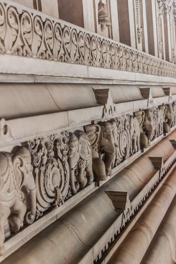 Detail van een muur van de tempel van Birla Mandir in Kolkata, Ind. royalty-vrije stock foto