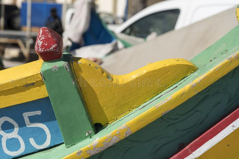 Detail van een traditionele vissersboot in Marsaxlokk, Malta stock fotografie