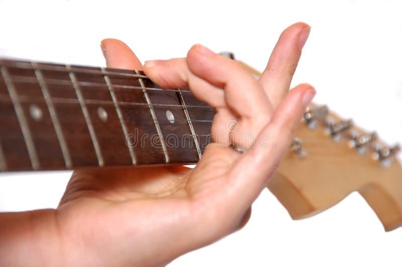 Detail van gitaar het spelen stock foto's