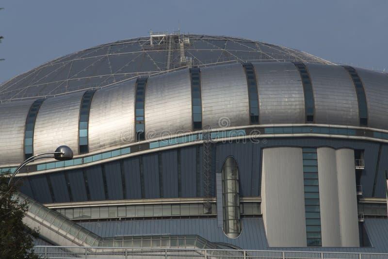 Detail van het Domo-paleis van honkbalsporten in Osaka stock foto