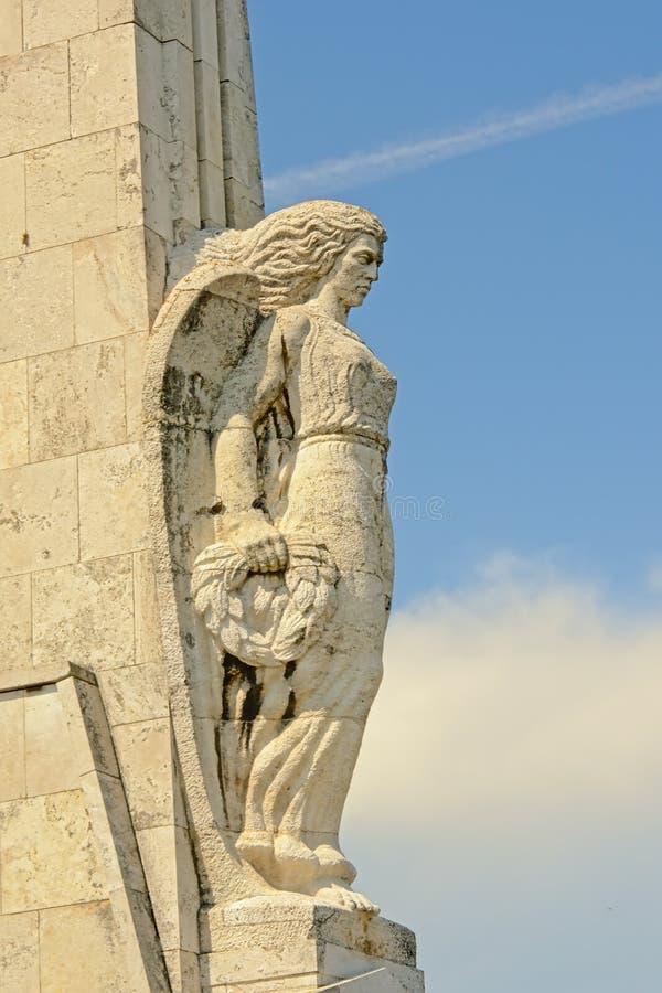 Detail van het Monument van Roemeense helden in de oude citadel van Alba Iulia, lage hoekmening stock afbeelding