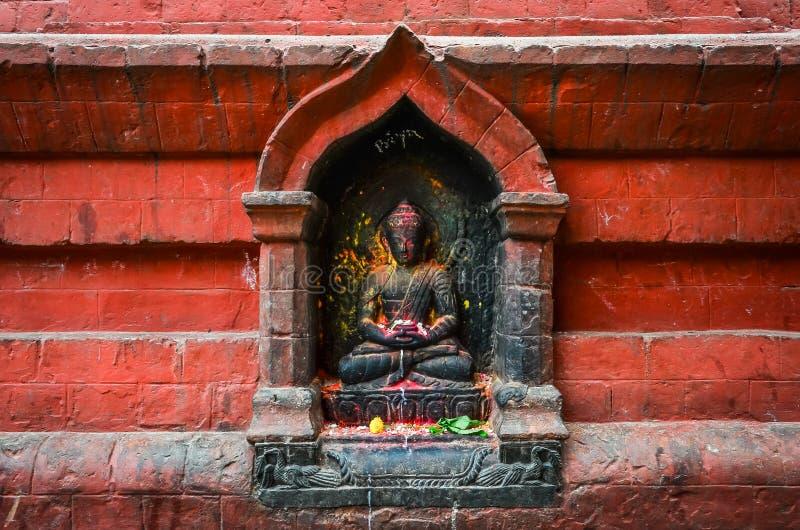 Detail van het standbeeld van Boedha op Swayambhu-tempel, Katmandu royalty-vrije stock foto