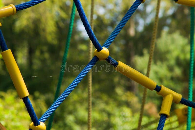 Detail van kabel klimrek voor kinderen royalty-vrije stock afbeelding