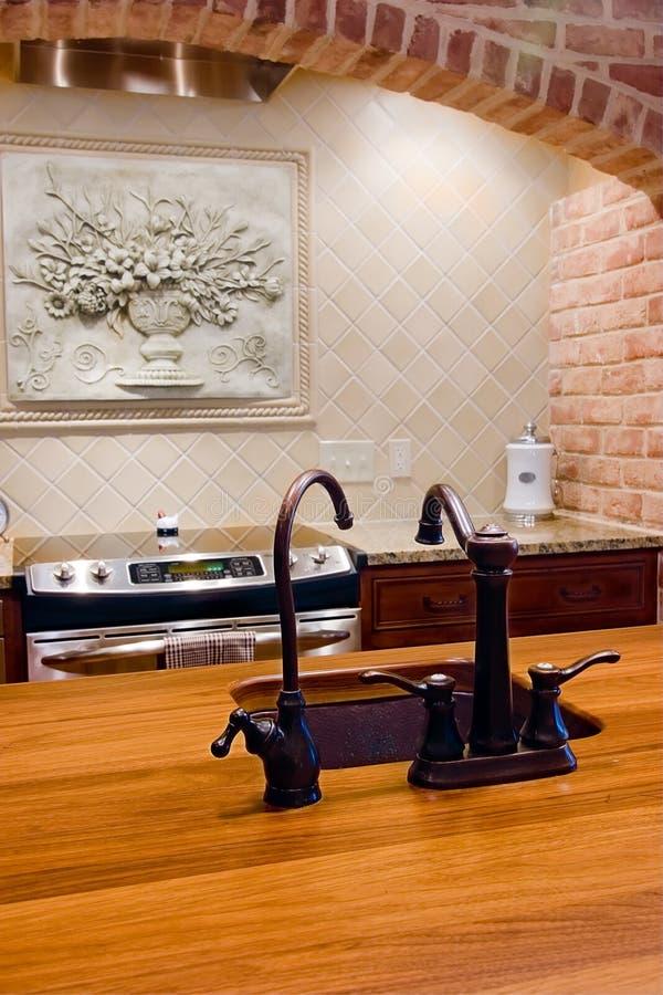 Detail van keuken met eiland royalty-vrije stock foto's