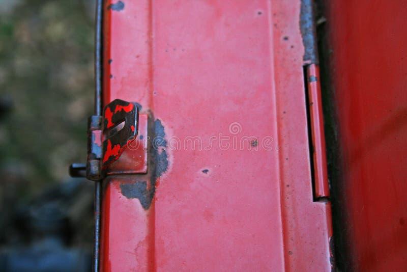 DETAIL VAN KLEP OP SIDEBOX-KLINK royalty-vrije stock foto