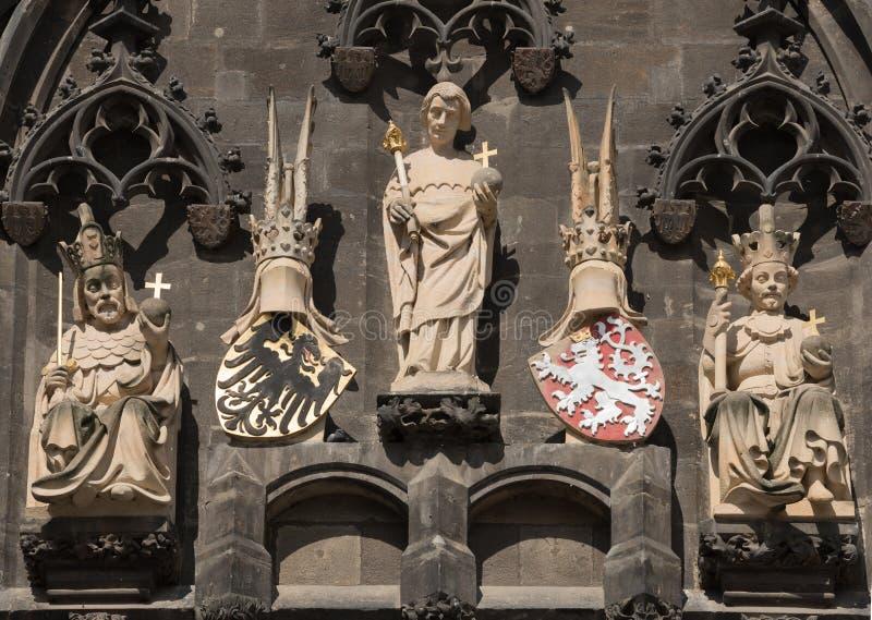 Detail van Oude Stadstoren van Charles Bridge in Praag royalty-vrije stock afbeeldingen