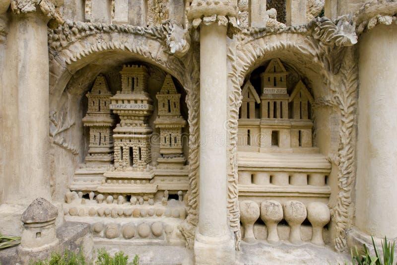 detail van Palais Idéal du Facteur Cheval, Hauterives, Rhône-Alpe stock fotografie