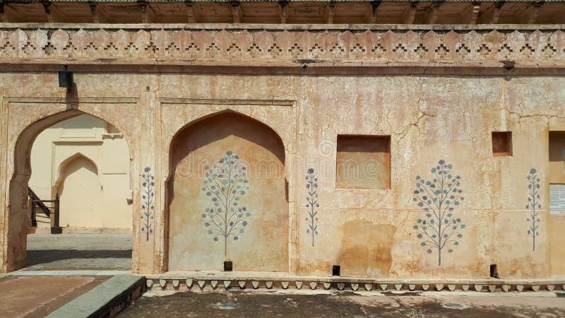Detail van verfraaide gateway Amber fort Jaipur, Rajasthan - Beeld stock foto