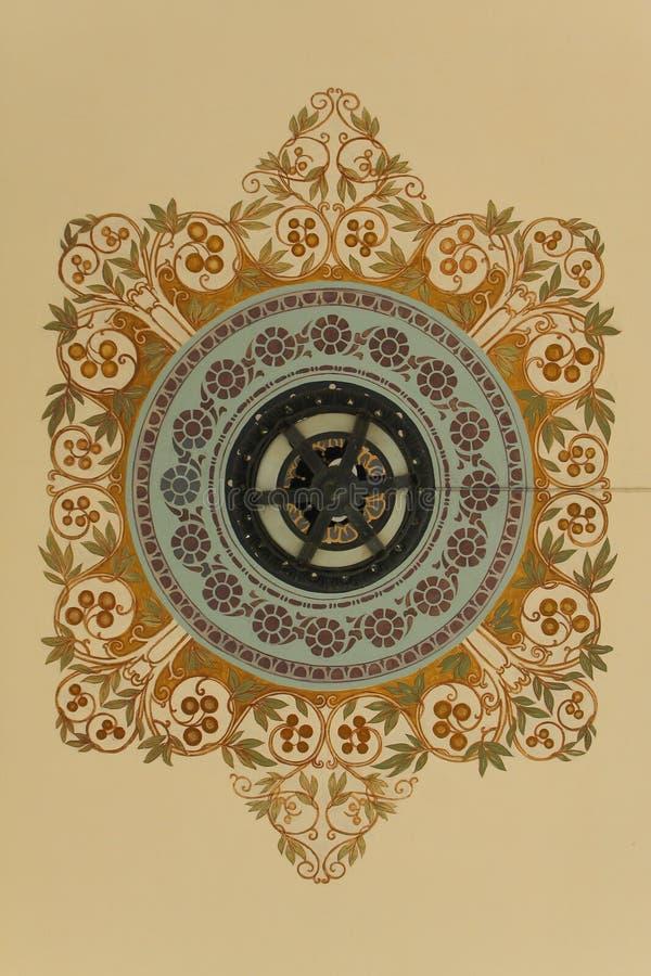 Detail von Blumen verziert im thailändischen königlichen Palast lizenzfreie abbildung