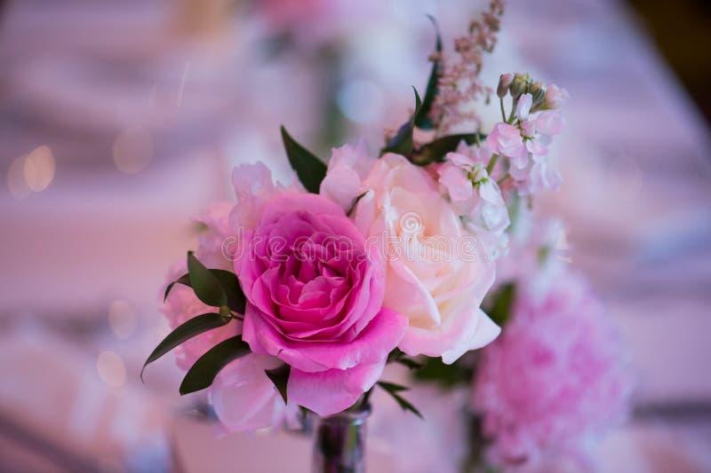Detail von einem speziellen Hochzeitsdekor in einer fantastischen Atmosphäre Formal, Heirat stockbilder