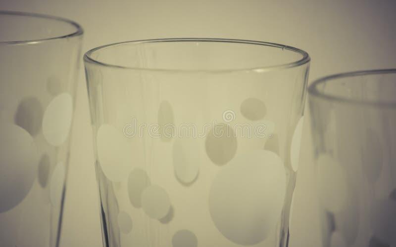 Detail von Glasschalen stockfotos