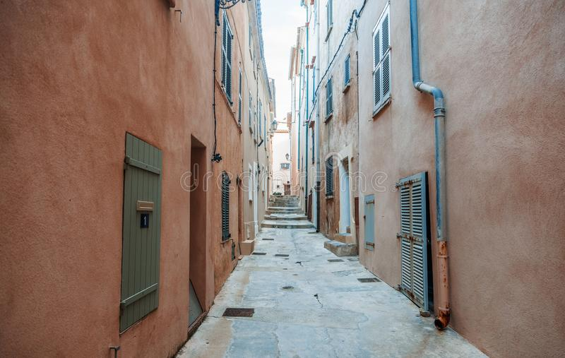 Details of French Provencal architecture, narrow streets in Sain. T Tropez, France, Cote d`Azur, Provence stock photos