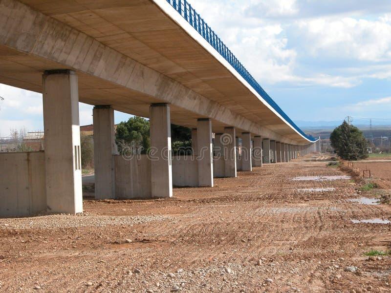 Details onder de spoorweg van Spaanse hogesnelheidstrein, AVE stock fotografie
