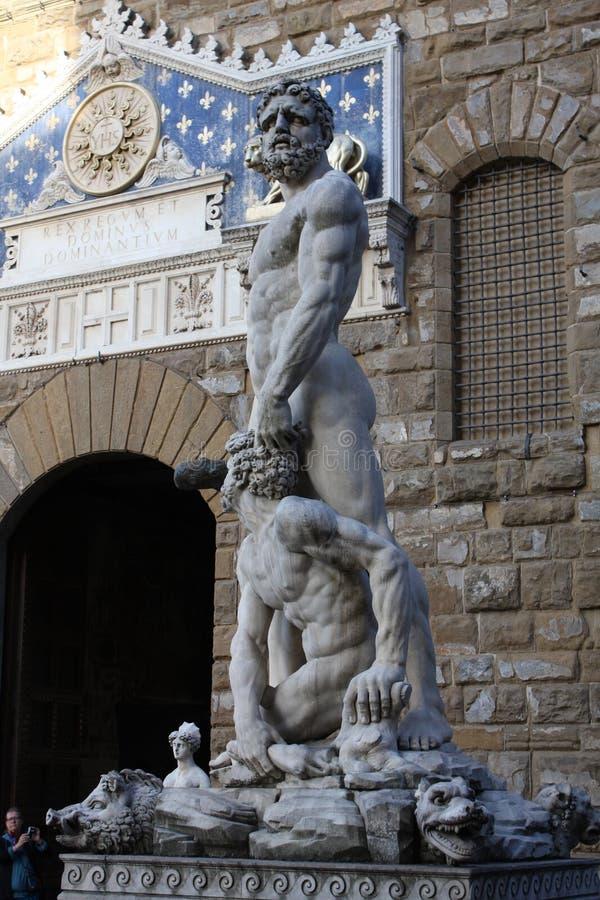 Details op Standbeeld van Hercules en Caco van Baccio Bandinelli, Piazza della Signoria in Florence, Italië royalty-vrije stock afbeelding