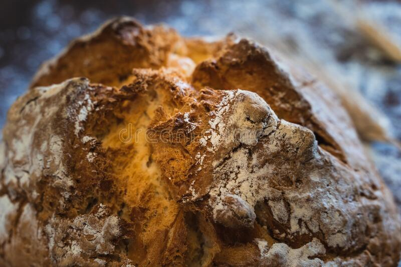 Details van de korst van een rond brood royalty-vrije stock foto