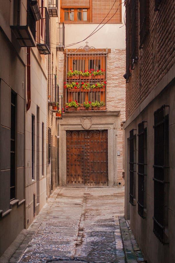 Details van de mooie straten en de voorgevels van de stad van Toledo, Spanje stock afbeeldingen