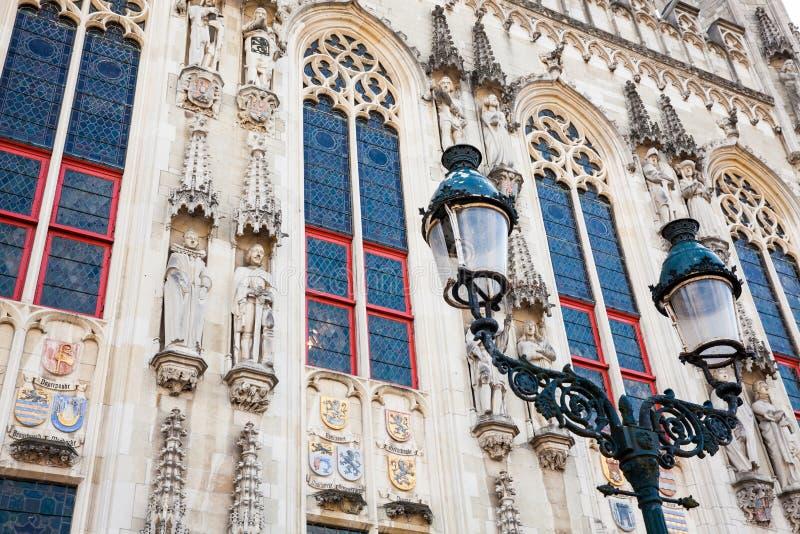 Details van de voorgevel van het het Stadhuisgebouw van Brugge royalty-vrije stock afbeelding
