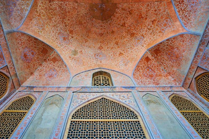 Details van de zomerterras van Ali Qapu-paleis, Isphahan, Iran stock foto's