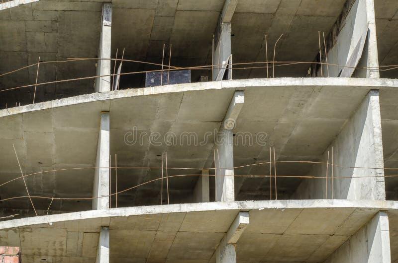 Details van een monolithisch gewapend beton de bouwclose-up stock afbeelding