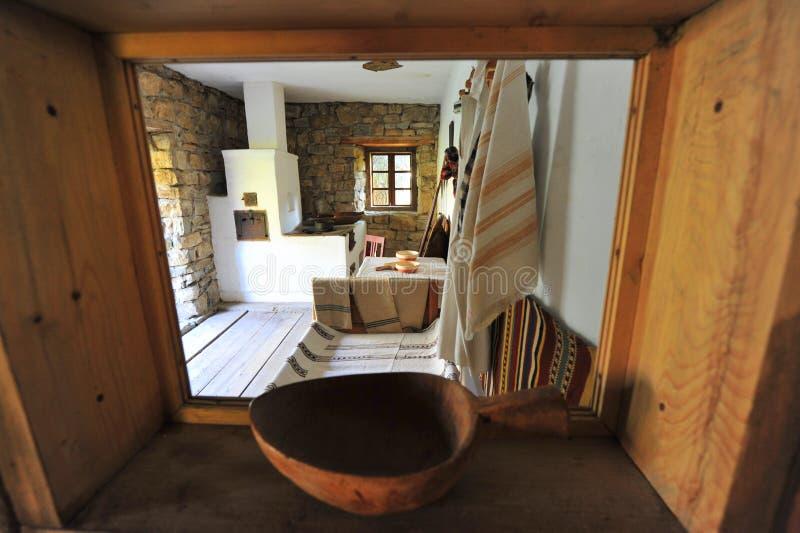 Details van een traditioneel landelijk huis in Roemenië stock foto