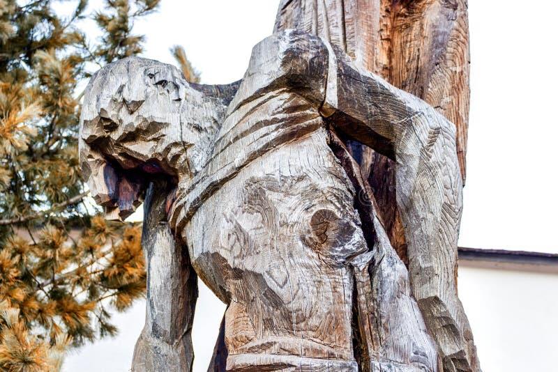 Details van houten-gesneden standbeeld van gekruisigde Jesus royalty-vrije stock fotografie