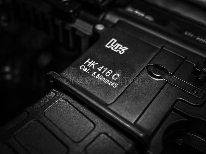 Details van Ordeverstoorder & de karabijn van Koch HK 416 C stock foto's
