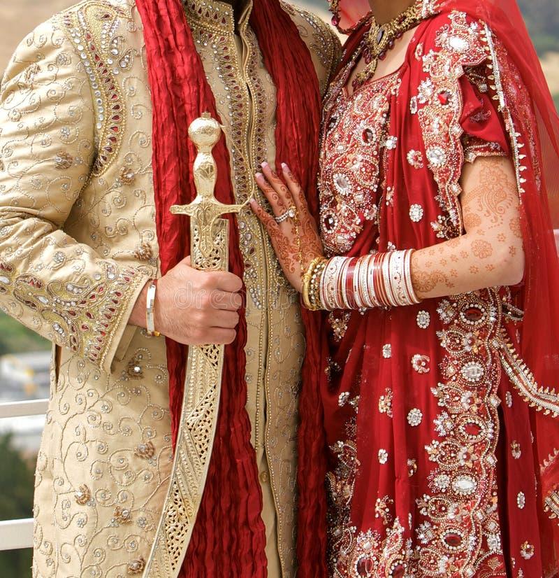 Details von Bräutigam ` s und von Braut ` s tragen an der Punjabihochzeit, stockfoto