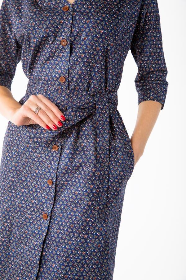 Details von Frauen ` s Kleidung Detailkleid auf einem Modell lizenzfreies stockfoto