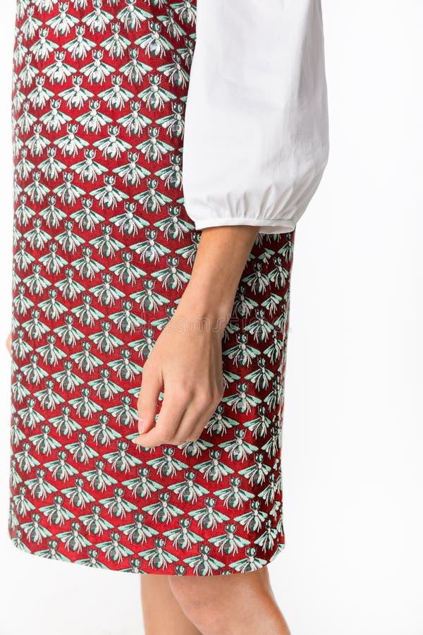 Details von Frauen ` s Kleidung Detailkleid auf einem Modell stockbilder